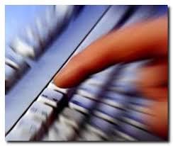 internet thumb tastiera A PREDAZZO CORSI DI INFORMATICA BASE e INTERNET