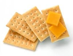 http://tbn3.google.com/images?q=tbn:6cf31QWmiuWQUM:http://www.redbookmag.com/cm/redbook/images/cheese-crackers-de-87909365.jpg