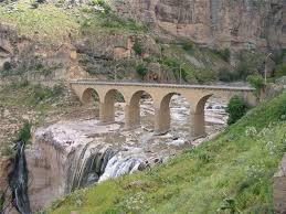 قسنطينة مدينة الجسور المعلقة  Df00ebe96a38