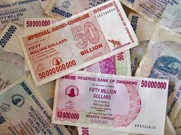 Zimbabwe starts to pay civil servants with foreign currency