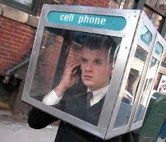 """不要再猜了:戀愛中男人的""""手機法則"""""""