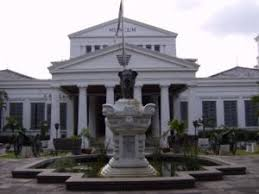 external image 300px-Museum_Nasional_Indonesia.jpg