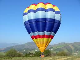 volo in mongolfiera Cavalese, ritorna il 30 maggio la «Festa dell'aria»